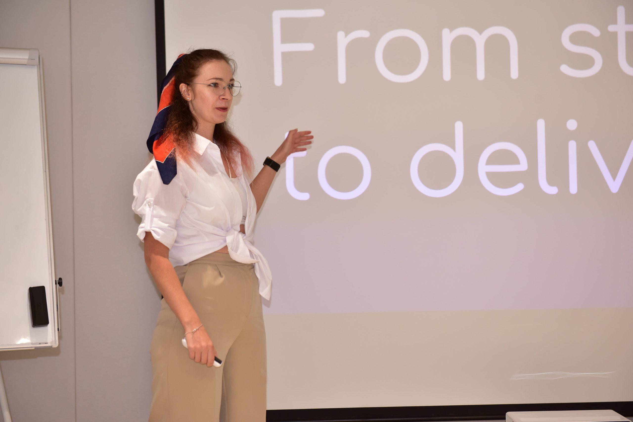 "Лекція-розбір від Марії Галицької ""IT Project management: From initialization to closure"""